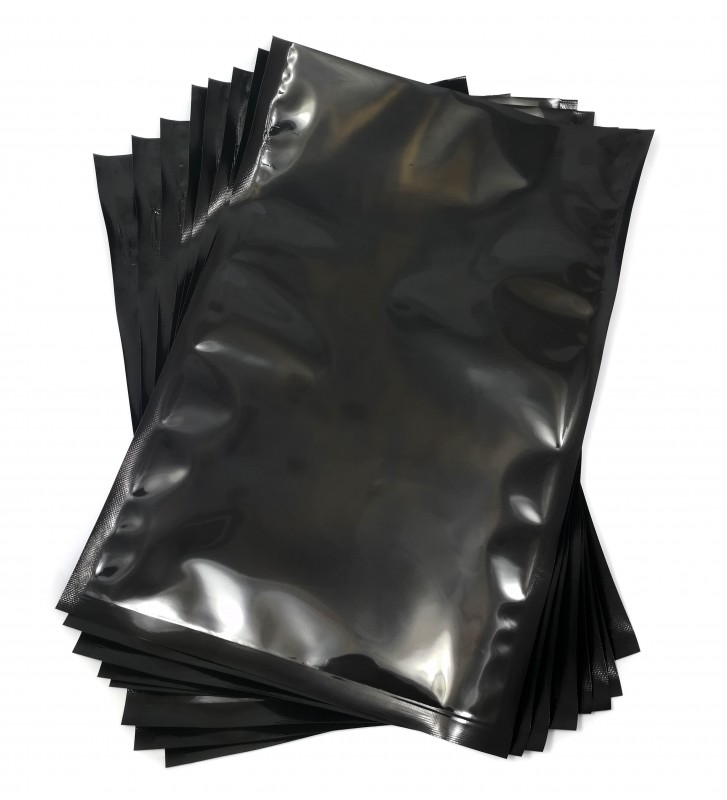 Black backed vacuum pouches 200x300mm (20x30cm)